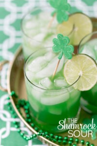 pizzazzerie-com-shamrock-sour-cocktail