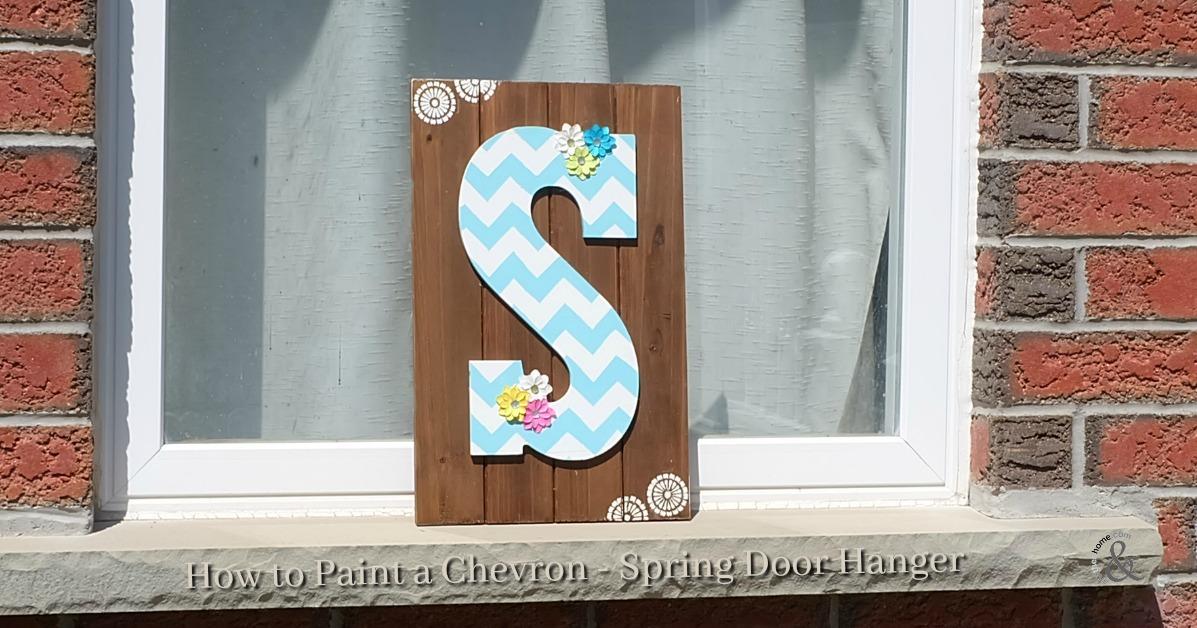how to paint a chevron - spring door hanger