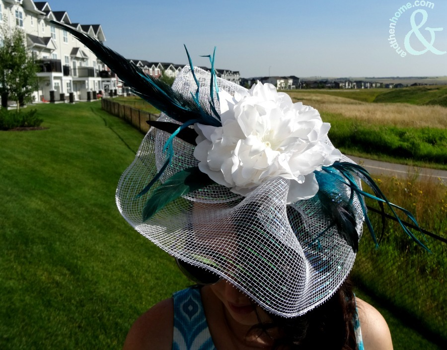 derby-fascinator-completed
