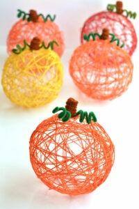 one-little-project-yarn-pumpkins