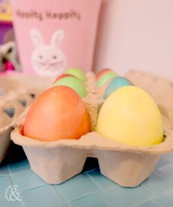 food-colouring-painted-easter-eggs-6