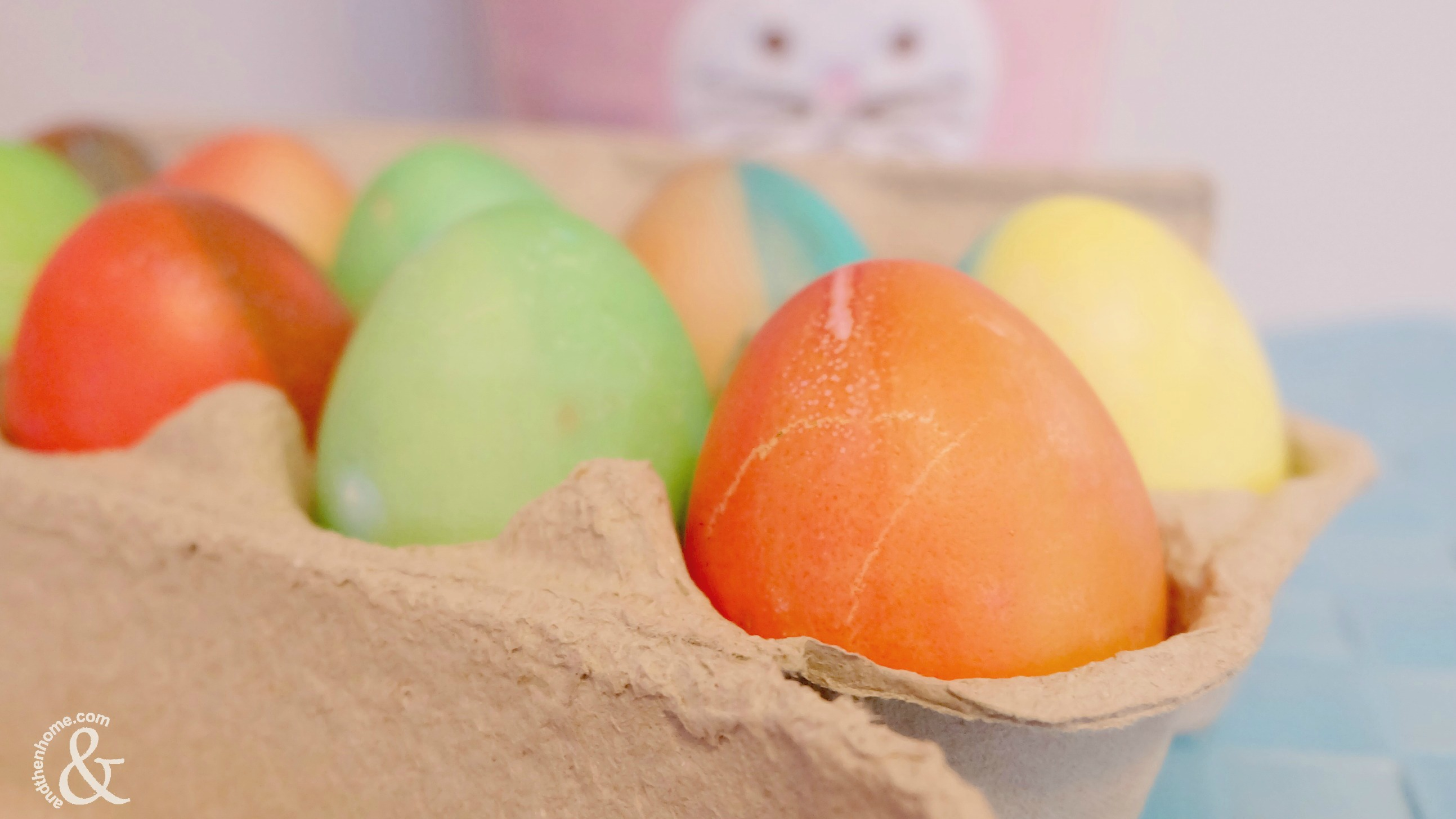 Food-Colouring-Painted-Easter-Eggs