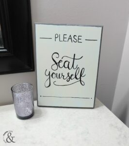 DIY Funny and Chic Bathroom Sign