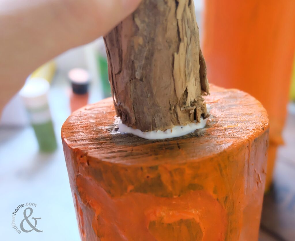DIY Wooden Porch Pumpkin Home Decor