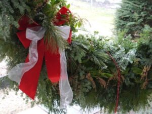 Best DIY Outdoor Christmas Decor