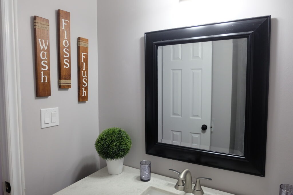 Fun and Inexpensive Rustic Bathroom Sign