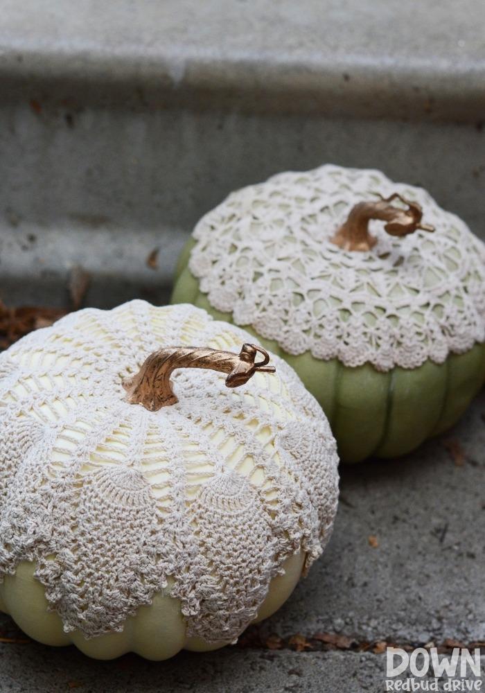 DIY Doily Pumpkins by Down Redbud Drive.