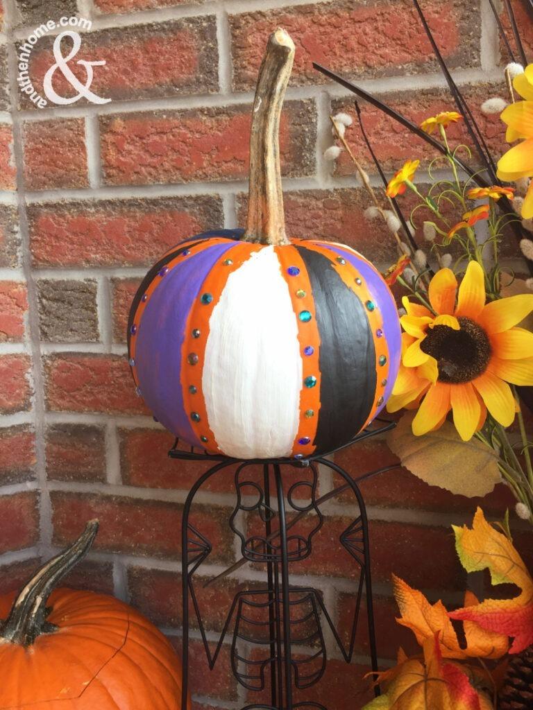 Easy No-Carve Painted Pumpkin Idea