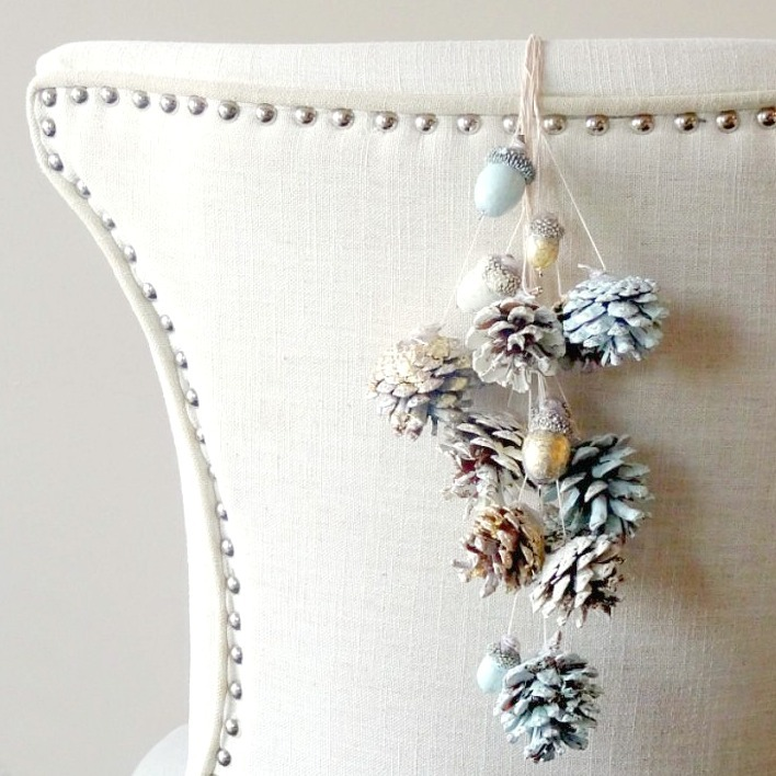 Rustic Painted Pine Cones and Acorns for Thanksgiving by Champagne and Sugarplums.