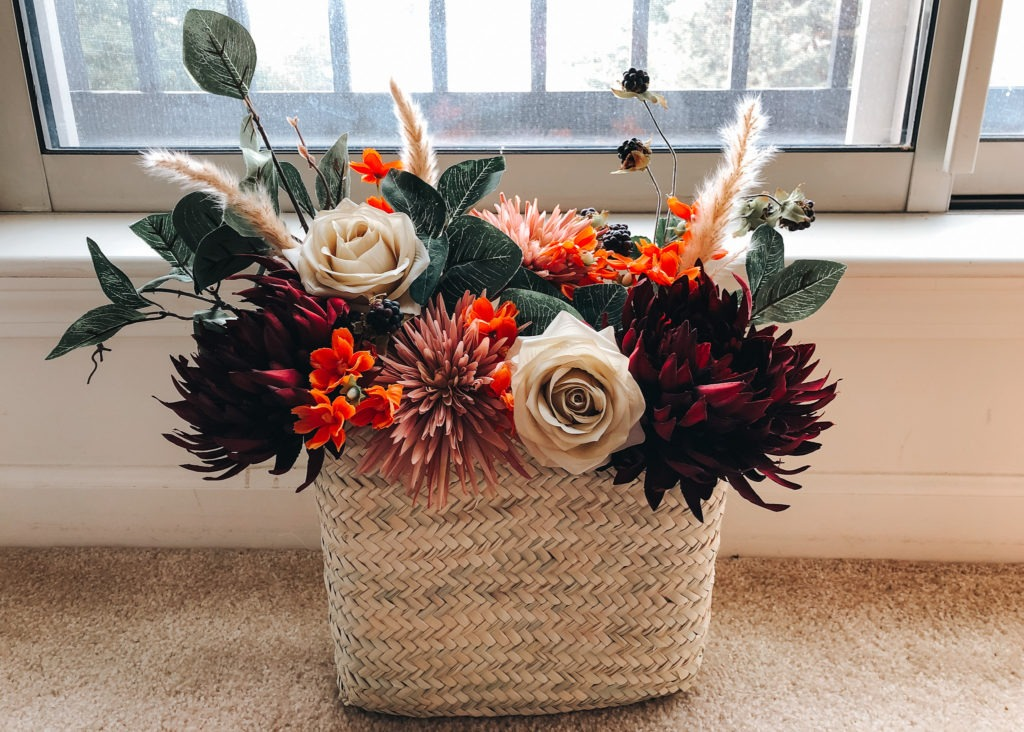 Fall Wreath: DIY Floral Hanging Basket by That Lemonade Life.